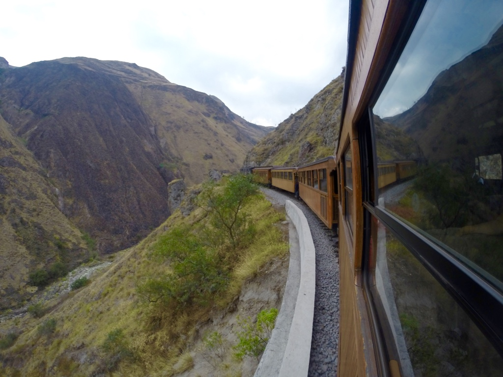 Alausi: Devil's Nose Train Ride