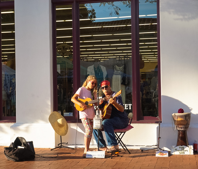 Great entertainment on State Street during the Farmers Market
